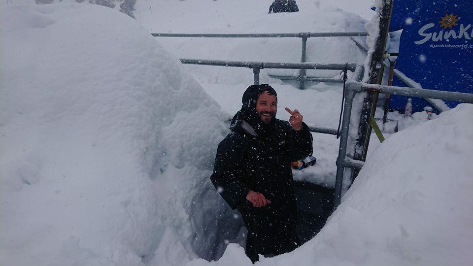 紐西蘭雪場工作裝備