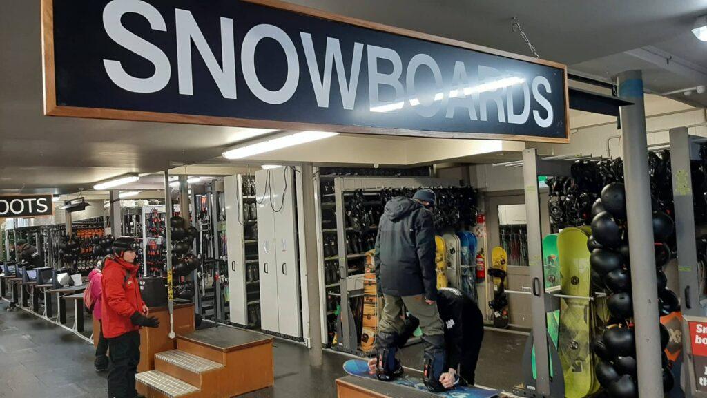 cardrona 租雪具