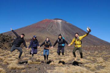紐西蘭登山 Tongariro crossing 到末日火山丟魔戒